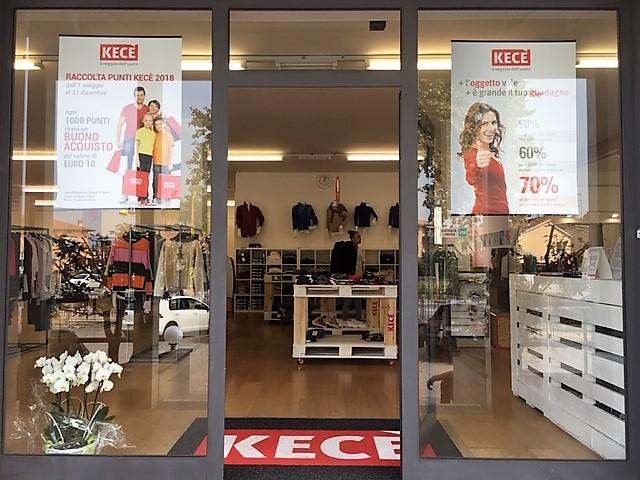 cee97c6ea8ac Nei punti vendita KECÈ puoi acquistare tra una vasta scelta di oggetti  usati e selezionati e suddivisi nei vari reparti dedicati